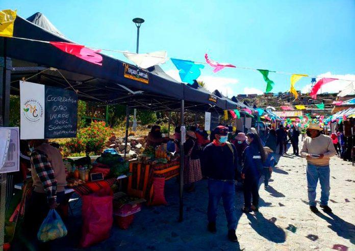 Mercado Campesino funciona por primera vez en Putre