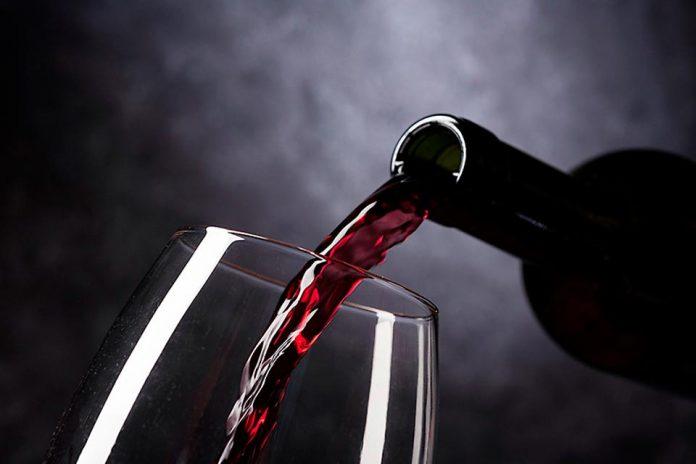 Científicos Chilenos crean test PCR para detectar a tiempo enfermedades que afectan a los vinos