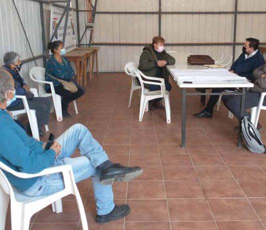 Pequeños agricultores de Punitaqui reciben orientación para postular sus proyectos de tecnificación a la ley de riego